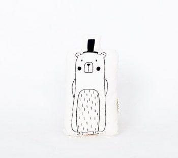 knuffel beer met hoed